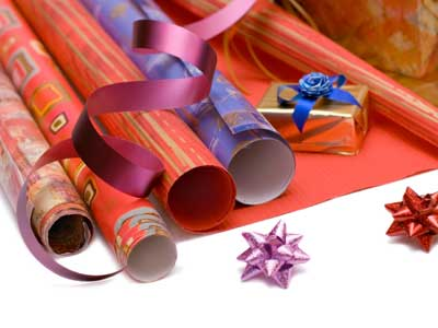 recycled-wrapping-paper-crafts-1